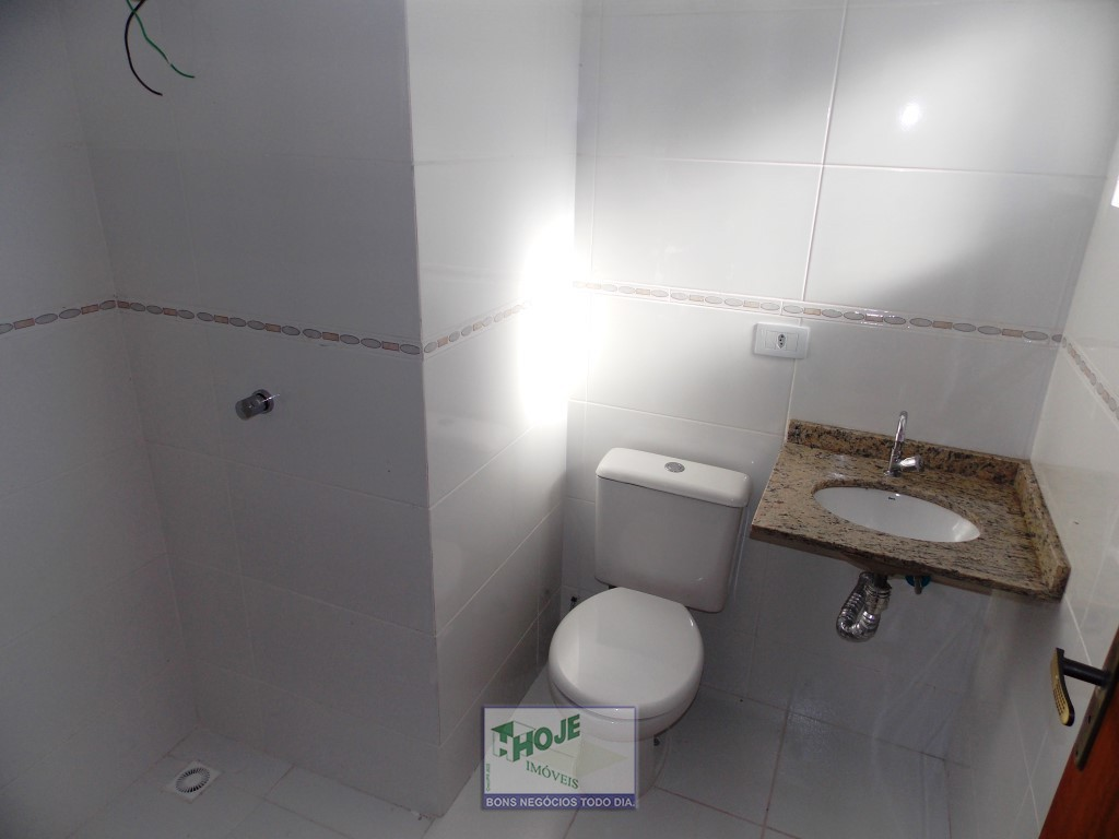 17 - Banheiro de Cima