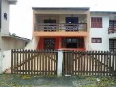 Casa com piscina em Praia de leste (41)3458-2321