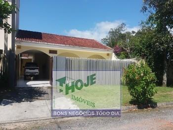 Casa 03 quartos em Grajaú (41) 3457-5484