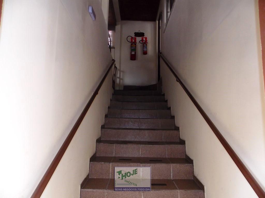 19 - Escada Edícula
