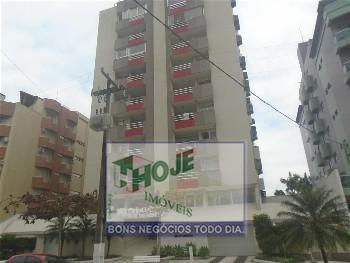 Apartamento em Caiobá. 03 quartos. Próximo do mar