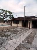 Casa em Monções. com 02 quartos. 65m².
