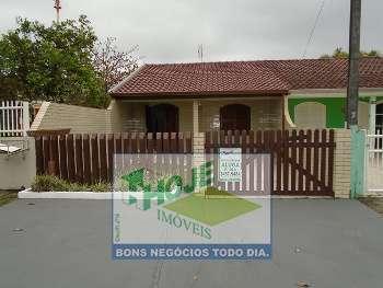 LINDA CASA COM PISCINA - F:(41)3457-5484