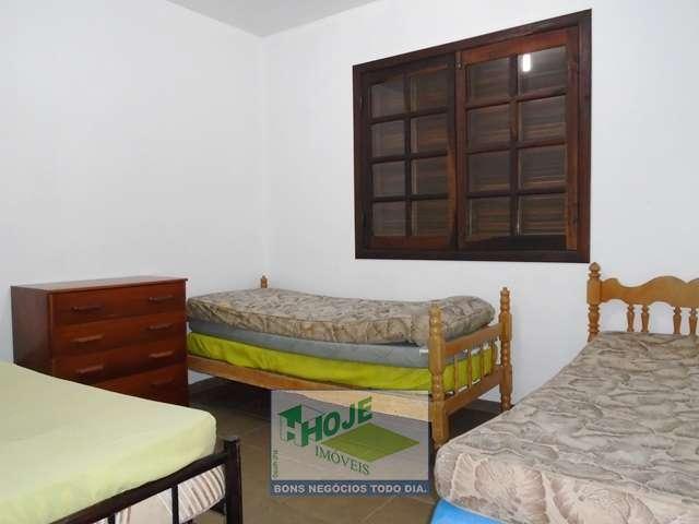 13 Dormitório 04