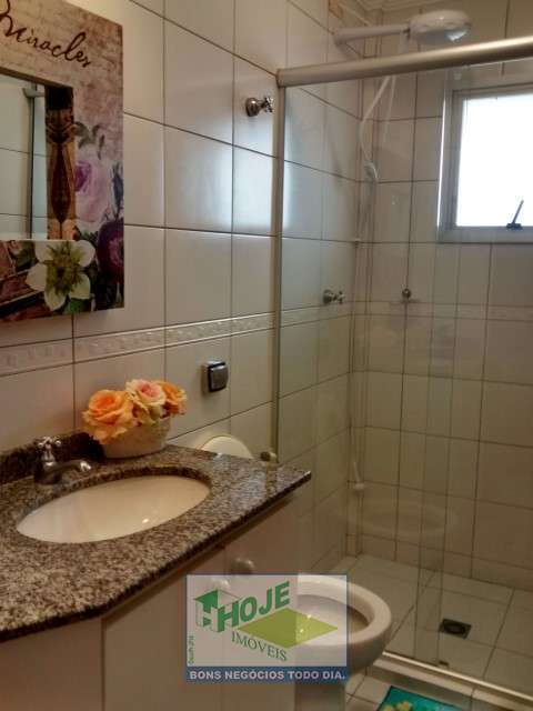 15. Banheiro Suíte
