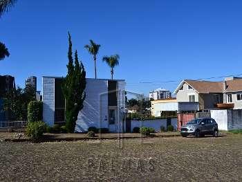 Bel�ssima casa para venda.
