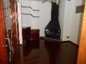 Sala com lareira