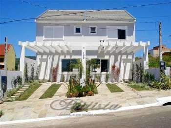 Casa 3dor suíte piscina Alto Petrópolis, POA RS.
