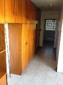área de servido com armários