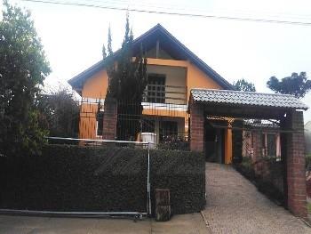 Linda casa em Linha Santa Cruz