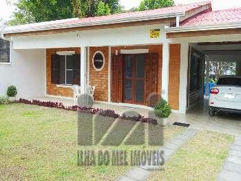 2465IP/ Casa 4 dormitórios Grajaú próx. ao Mar