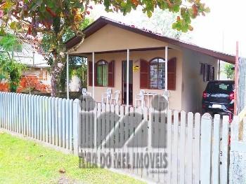 Casa em Ipanema frente para a rodovia