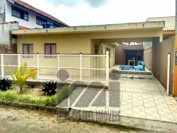 2096PL/ Residência com piscina em Ipanema!