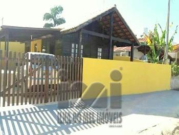 Casa na Região Praia de Leste, 02 quartos