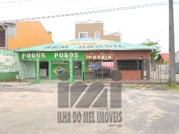 03 SALAS COMERCIAIS DE FRENTE A RODOVIA.