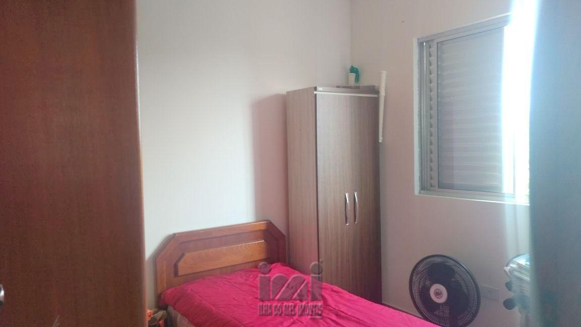 Apartamento semi mobiliad