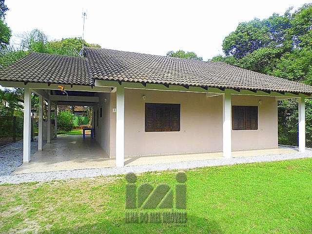 Residência 3 dormitórios a venda em Ponta do Sul