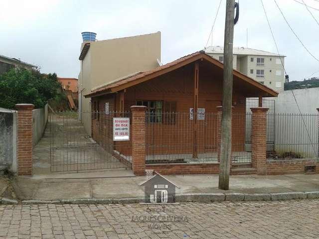 Casa localizada em �rea nobre.