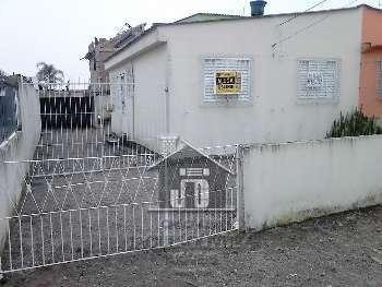 Casa bem localizada no Fragata.