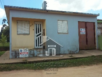 Casa no bairro Prado de esquina.
