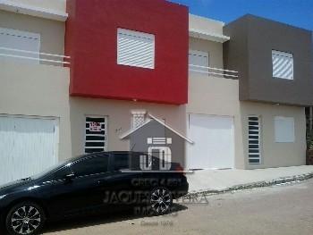 Casa de moradia construção nova