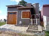 Casa moradia boa posição solar.