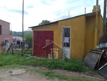 Casa de Esquina mobiliada, no Calcário