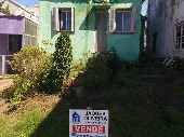 Casa de moradia em região central.