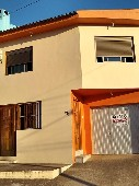 Casa de moradia construção nova.