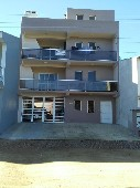 Apartamento no centro com garagem.