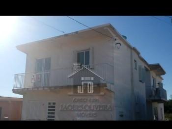 Apartamento primeiro andar.