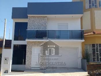 Casa 02 dormitórios uma suíte bairro Uruguai.