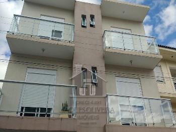 Apartamento centro de 03 e 02 dormitórios.