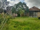 Chácara com casa primeiro distrito