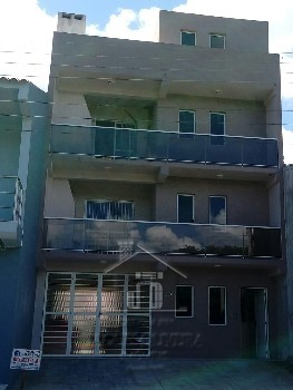 Apartamento 02 dormitórios e garagem.