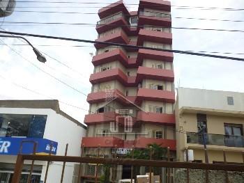 Apartamento centro 03 dormitórios e garagem
