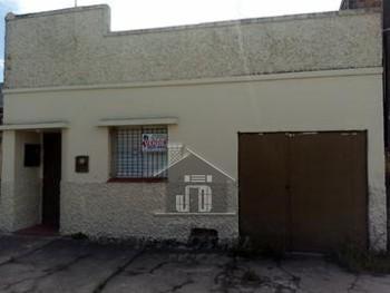 Casa bem localizada no Fragata
