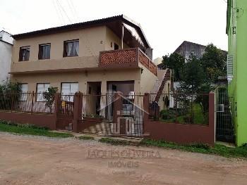 Casa dois pavimentos bairro centro.
