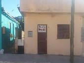 Casa 02 dormitorios bairro prado