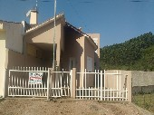 Casa 02 dormitórios, garagem, porão bairro Uruguai