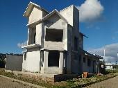 Casa 02 dormitórios, 01 suite, equina Triângulo