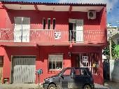 Casa p/ duas famílias morar
