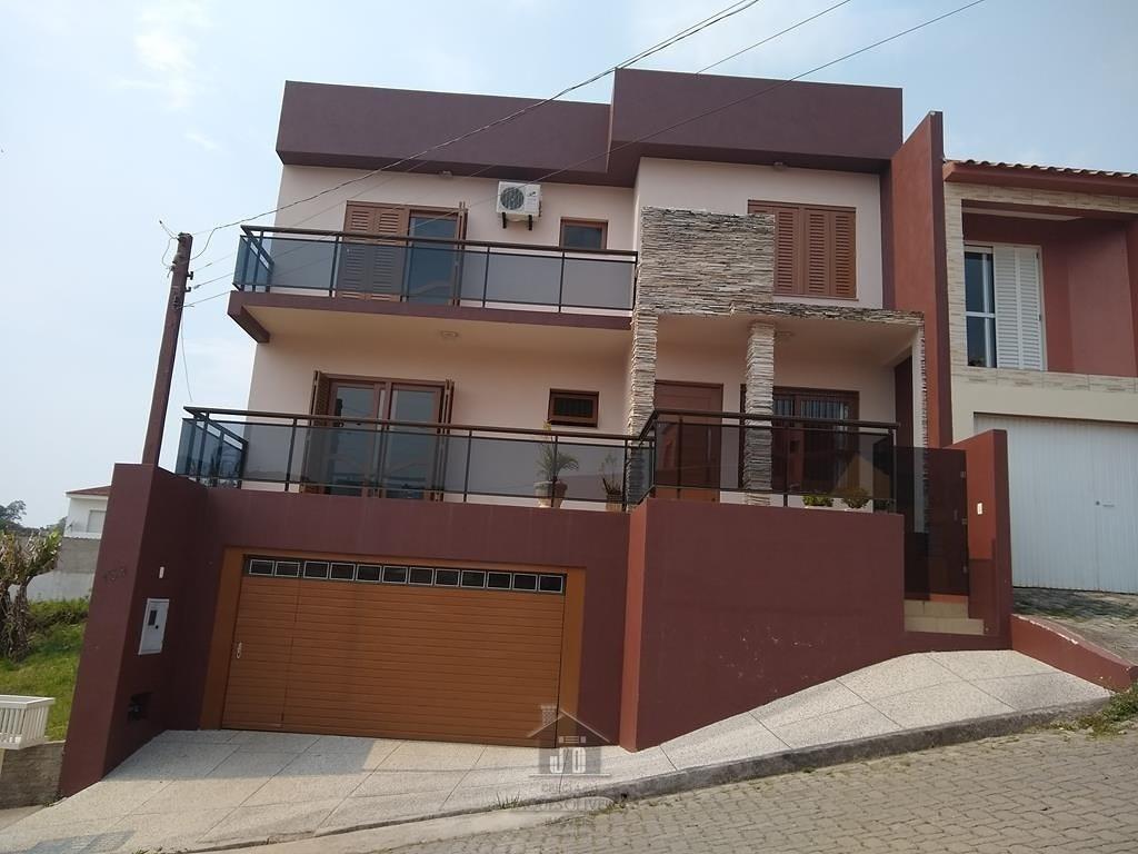 Casa suíte, 02 dormitórios bairro Uruguai.
