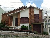 Casa suíte 02 dormitórios bairro Uruguai