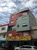 Apartamento de 01 dormitório no Centro.