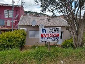 Casa 03 dormitórios bairro Uruguai