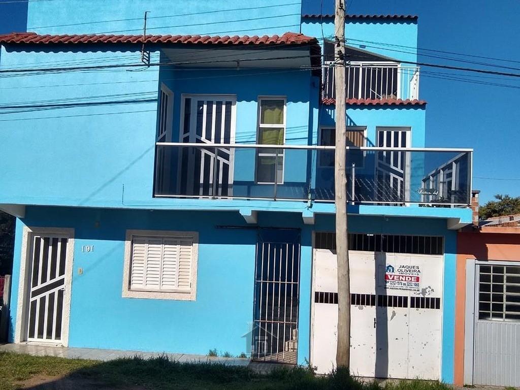 Casa Triângulo c/03 dormitórios, garagem 02 carros