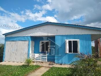 Chalé misto 02 dormitórios no bairro Isabel