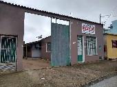 Casa 03 dormitórios e galpão bairro Isabel.