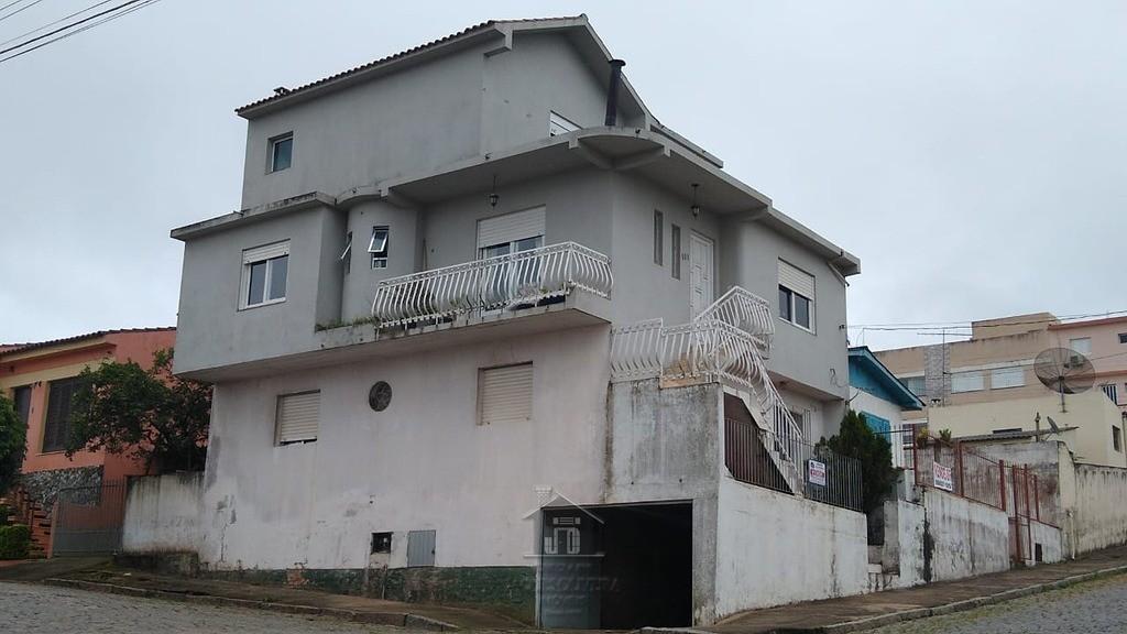 Casa suíte, 02 dormitórios, garagem, bairro Urugua